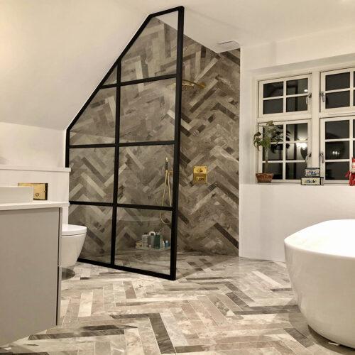 Glasvæg til badeværelse